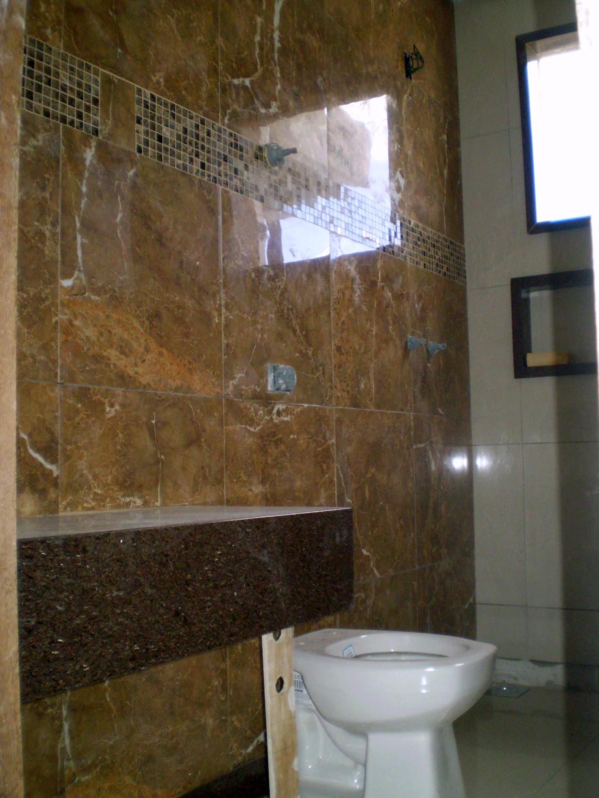 Casa da Áurea: Mais informações sobre o banheiro com Porcelanato  #2F416B 1200x1600 Banheiro Com Piso De Porcelanato Preto