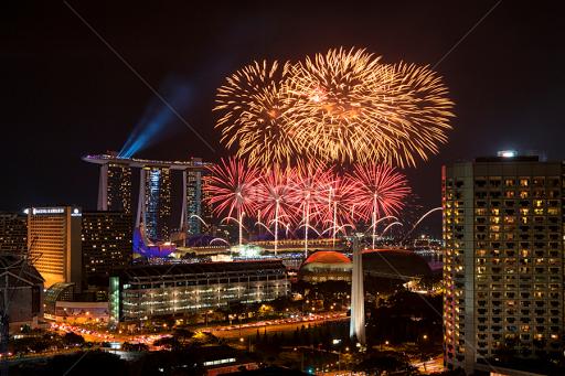 tempat liburan tahun baru, malam tahun baru di singapore, tahun baru di singapore, tahun baru di singapura, tempat wisata tahun baru, fireworks at marina bay,