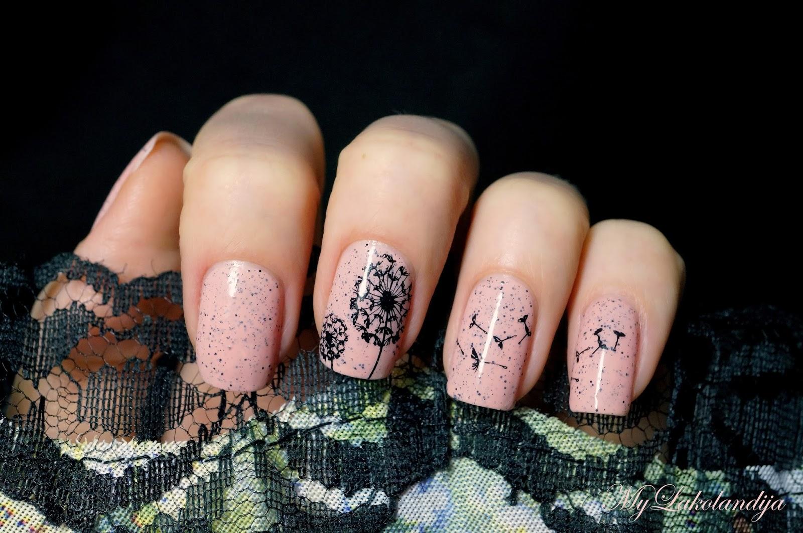 Френч на ногтях одуванчик