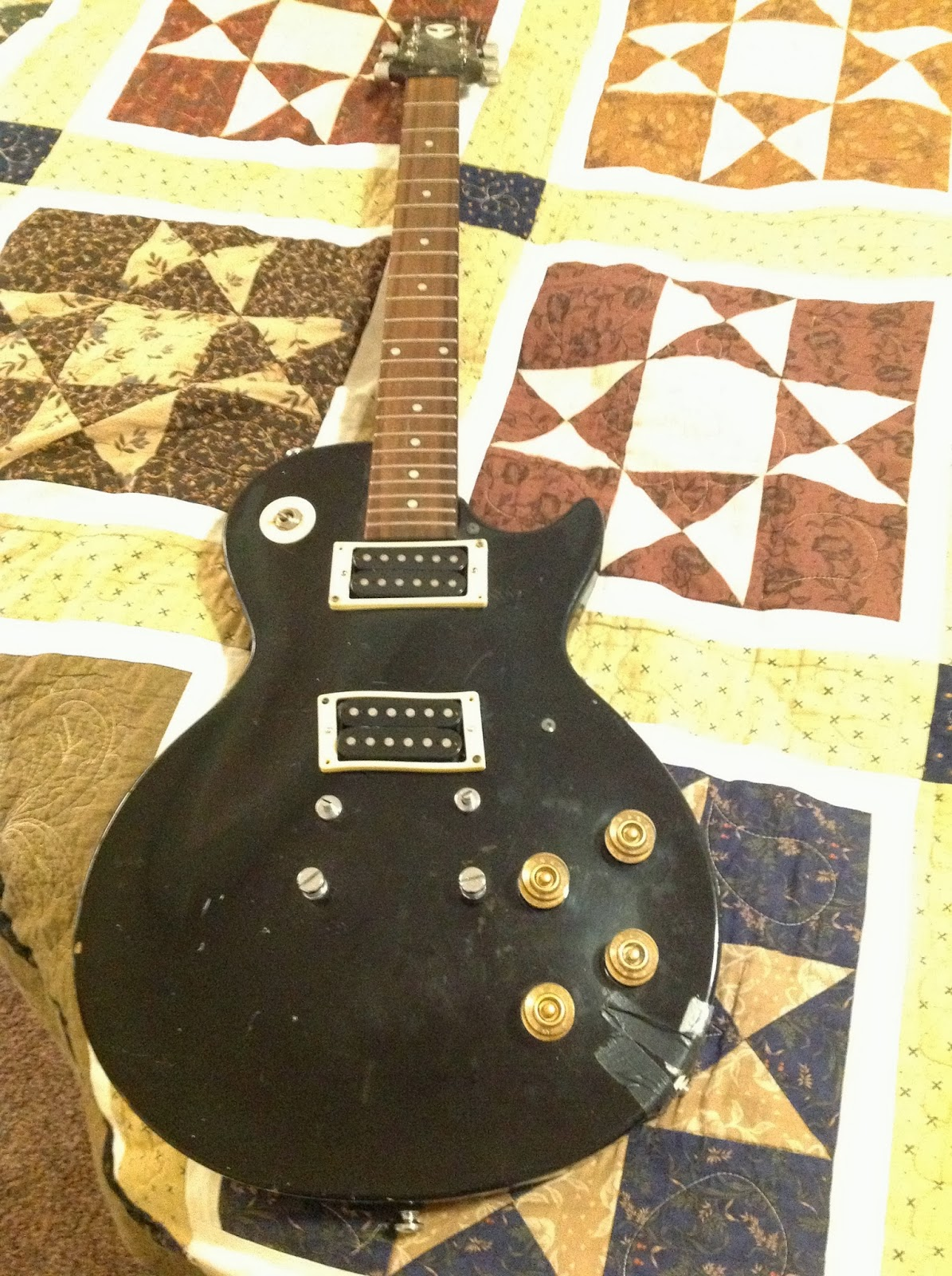 terrible guitars '95 korean epiphone les paul 100 epiphone lp 100 vs. standard the first steps were to document issues and abuse and formulate a plan
