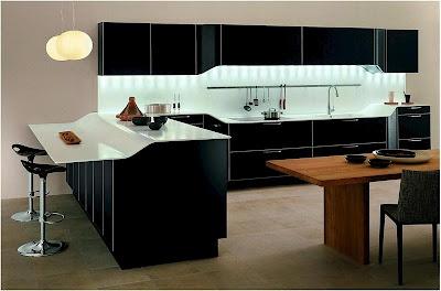 Кухонный гарнитур модели Venus от фабрики Snaidero, дизайн Pininfarina Design.