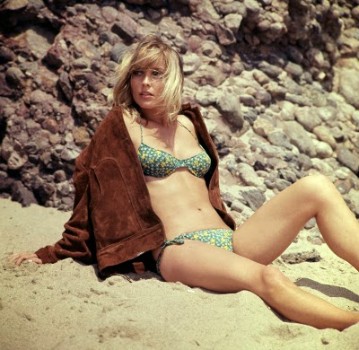 http://retrogirly.tumblr.com/post/74098673133/sharon-tate