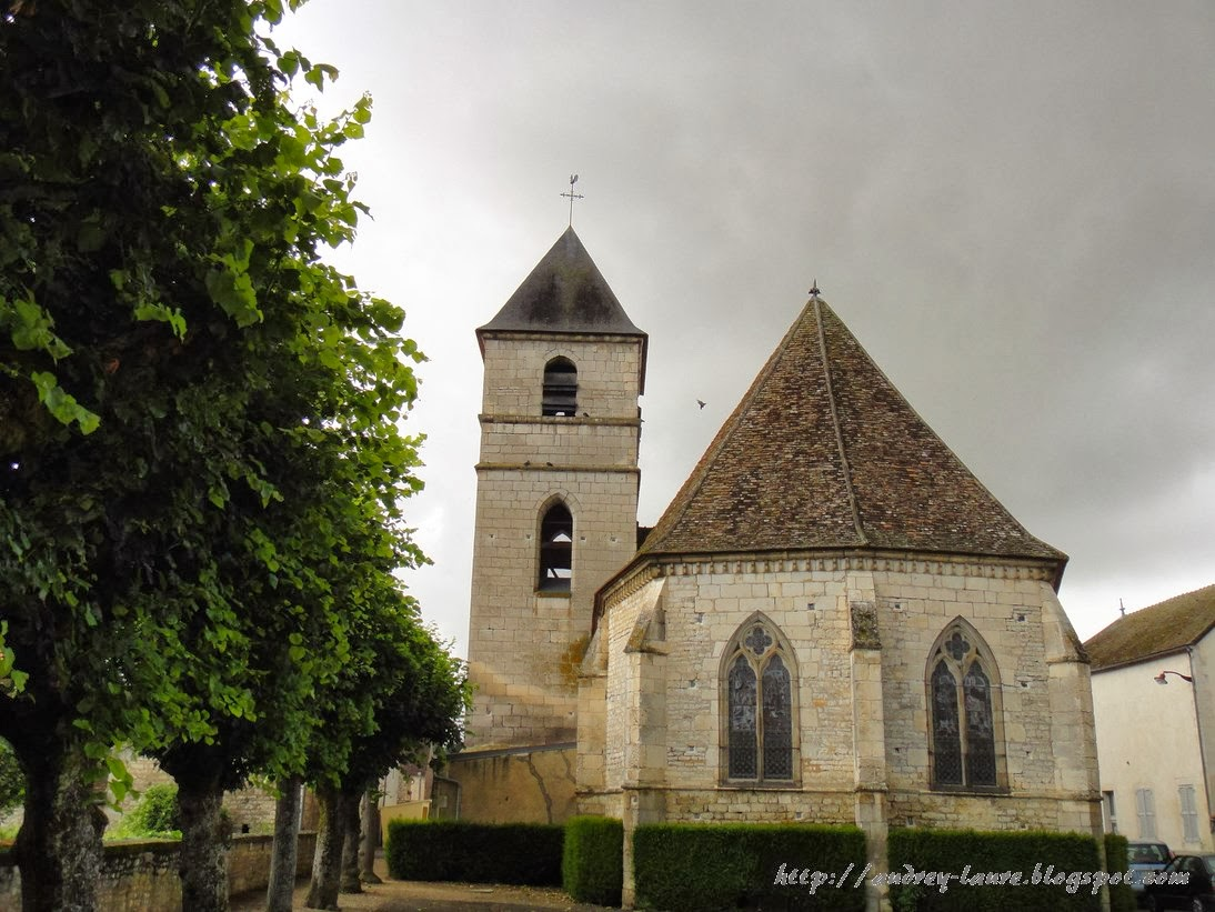 église vitraux girouette