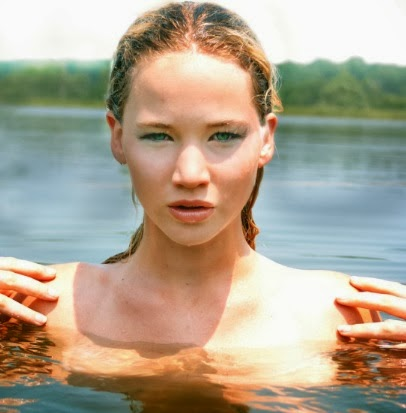 Jennifer Lawrence en el agua