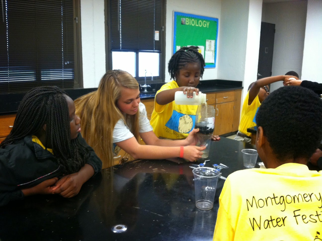 Montgomery Catholic Lends a Hand at the Montgomery County Water Festival 2
