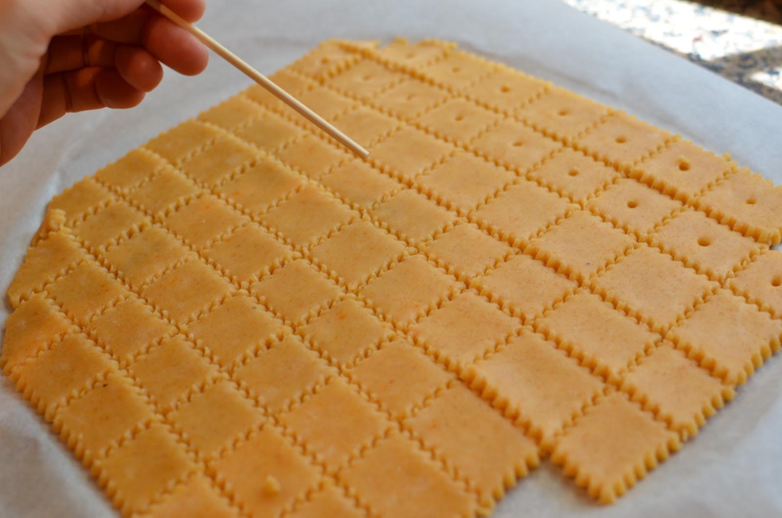 Playing with Flour: Homemade cheese crackers