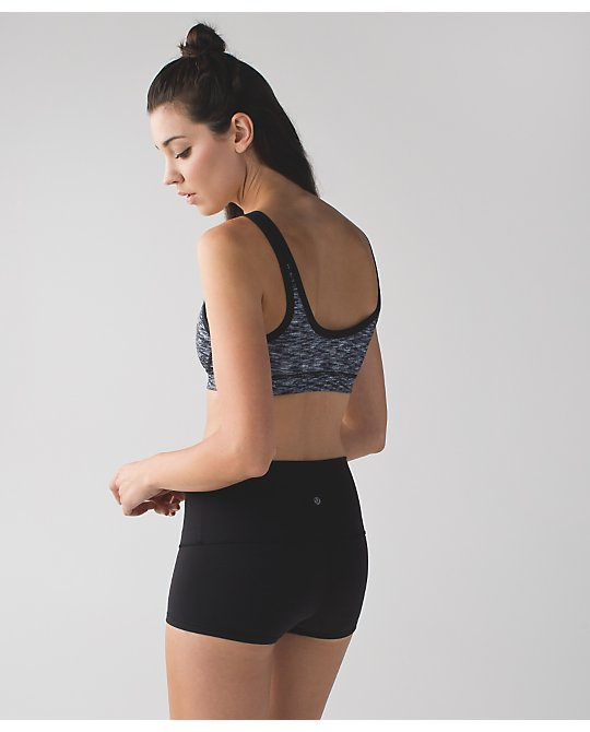lululemon dramatic-static-drop-it-like-it's-hot-bra