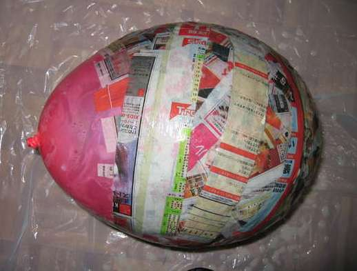 Everyday life how to 39 s how to paper mache for Simple paper mache projects