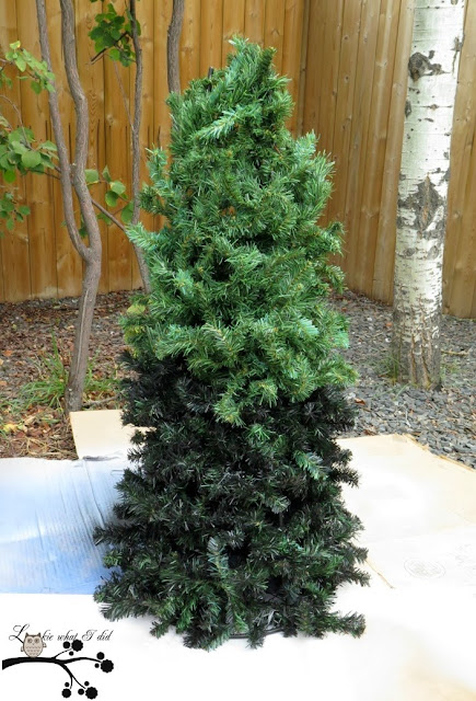 The Easiest Way To Put Lights On A Christmas Tree The Best