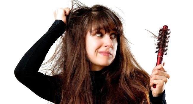Conheça dez atitudes que fortalecem seus seus cabelos prevenindo a queda