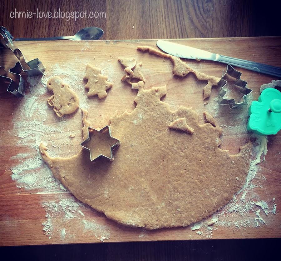 Gingerbread cookies: świąteczne pierniczki