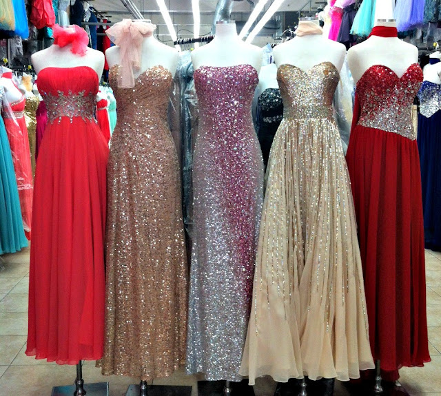 The santee alley weekly fashion finds back to school for Fashion district wedding dresses