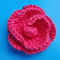 Цветы крючком- Роза с лепесками