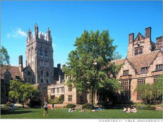 http://3.bp.blogspot.com/-cELSw_R6tyE/TklXSCgEAOI/AAAAAAAABM4/73Wi449Ur6M/s320/Yale+University+%25282%2529.jpg