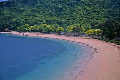 Promo Paket Tour 3H2M Lombok - Pantai Pink
