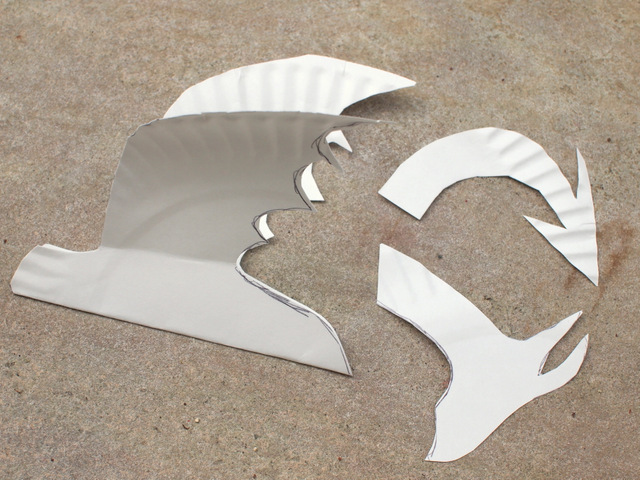 cut out all your dragon pieces from paper plates