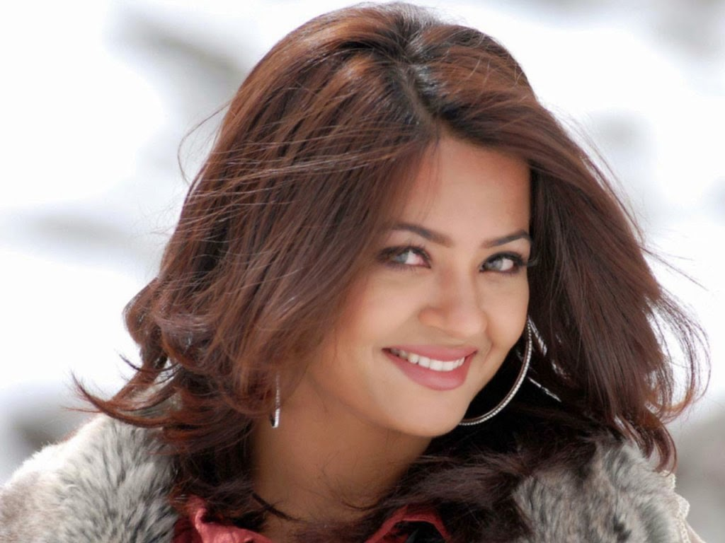 unseen hot spicy surveen chawla hot images