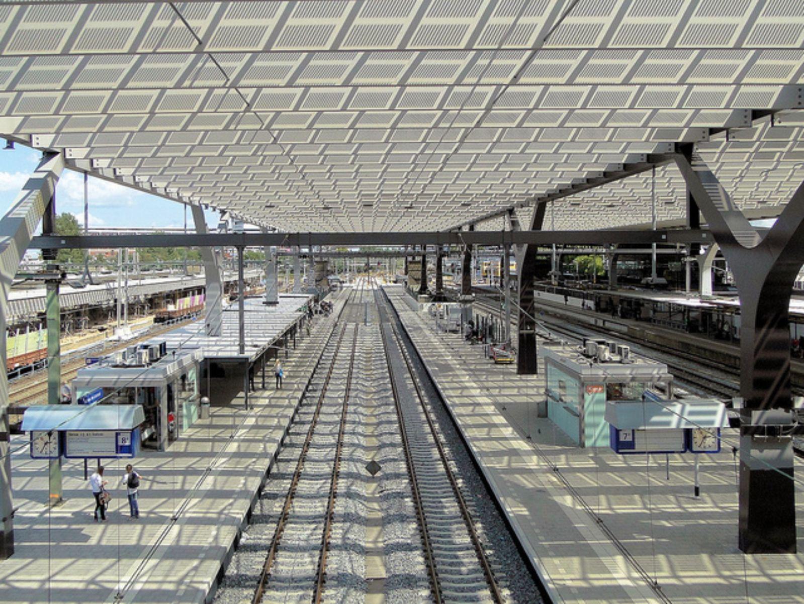09-Rotterdam-Centro-Estación-por-Team-CS