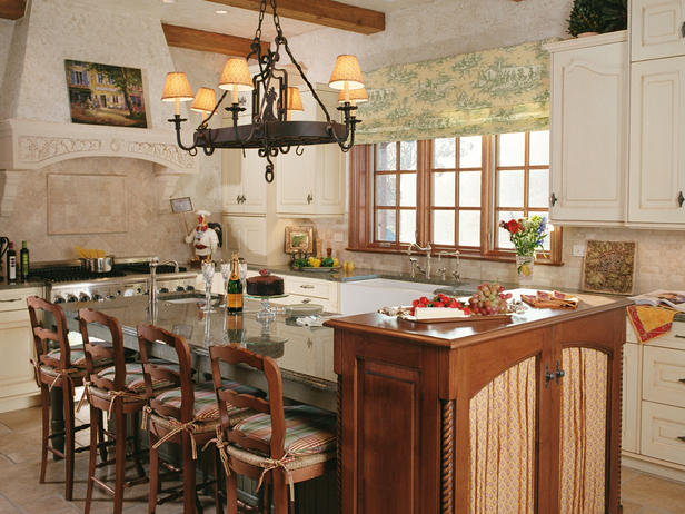 Old world kitchen design with neutral color interior for Old world style kitchen