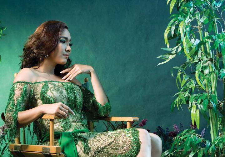 - moe-hay-ko-green-goddess-001