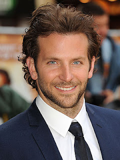 Bradley Cooper reads negative things about him on the internet to stay grounded