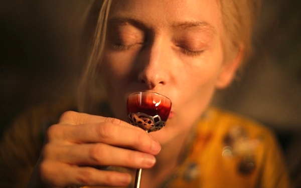 only-lovers-left-alive-tilda-swinton