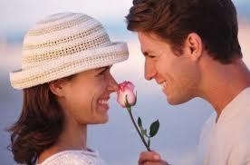 أطعمة تزيد الرومانسية والرغبة ومشاعر الحب بين الزوجين