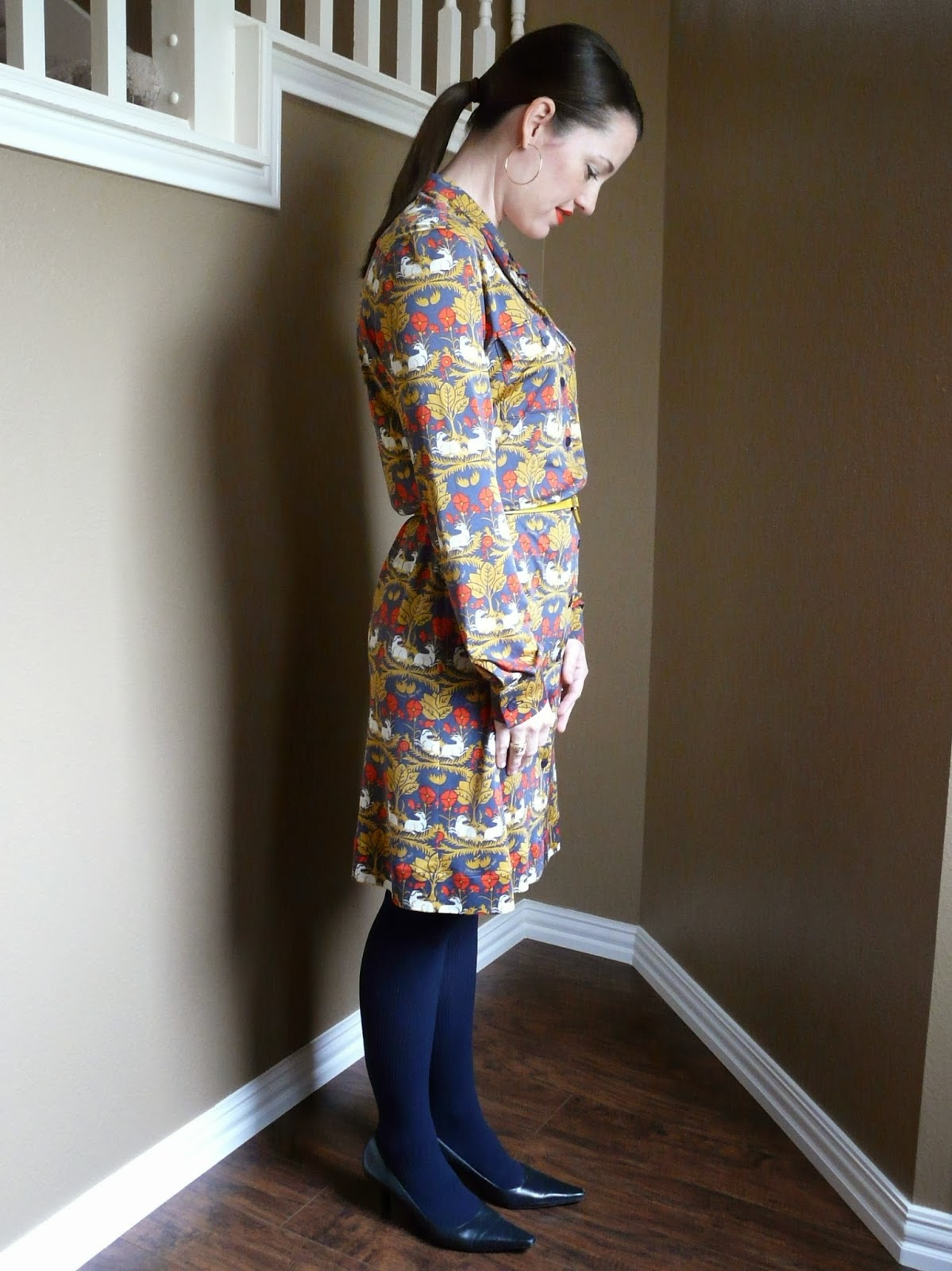 Shirtdress made with a silk jersey print from MoodFabrics.com.