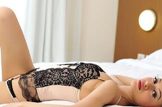 hot Model Popular Seksi Julia Sukma