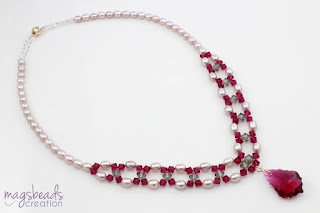 Beadwork Freshwater Pearls Necklace in Red and Mauve by MagsBeadsCreation