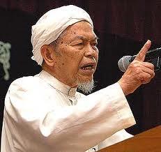 Apabila Menteri Besar, Datuk Nik Abdul Aziz Nik Mat menafikan dakwaan