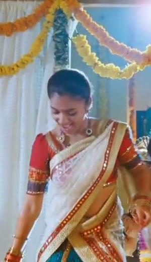300 x 520 jpeg 28kB, Nazriya Nazim Rare Navel Show gallery - Cinema ...