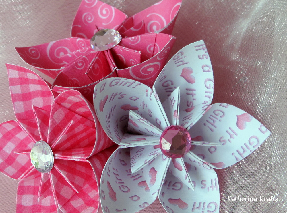 Katherina krafts baby girl origami flowers a little one made of pink gingham one with adorable curls and one to announce its a girl mightylinksfo