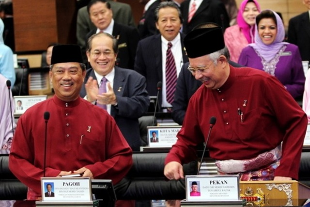 Ketua UMNO Pontian Dedah Kerja DS Najib Sebenar, Guna Whatsapp Rombak Kabinet!