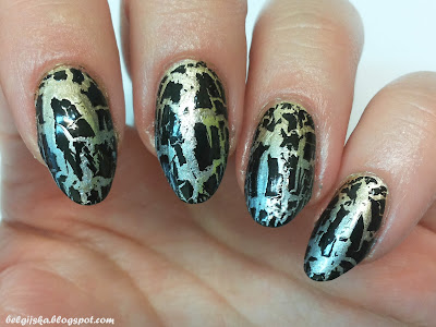http://belgijska.blogspot.com/2015/09/31dc2015-metallic-nails.html