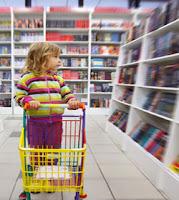 Agar Si Kecil Tertarik ke Toko Buku
