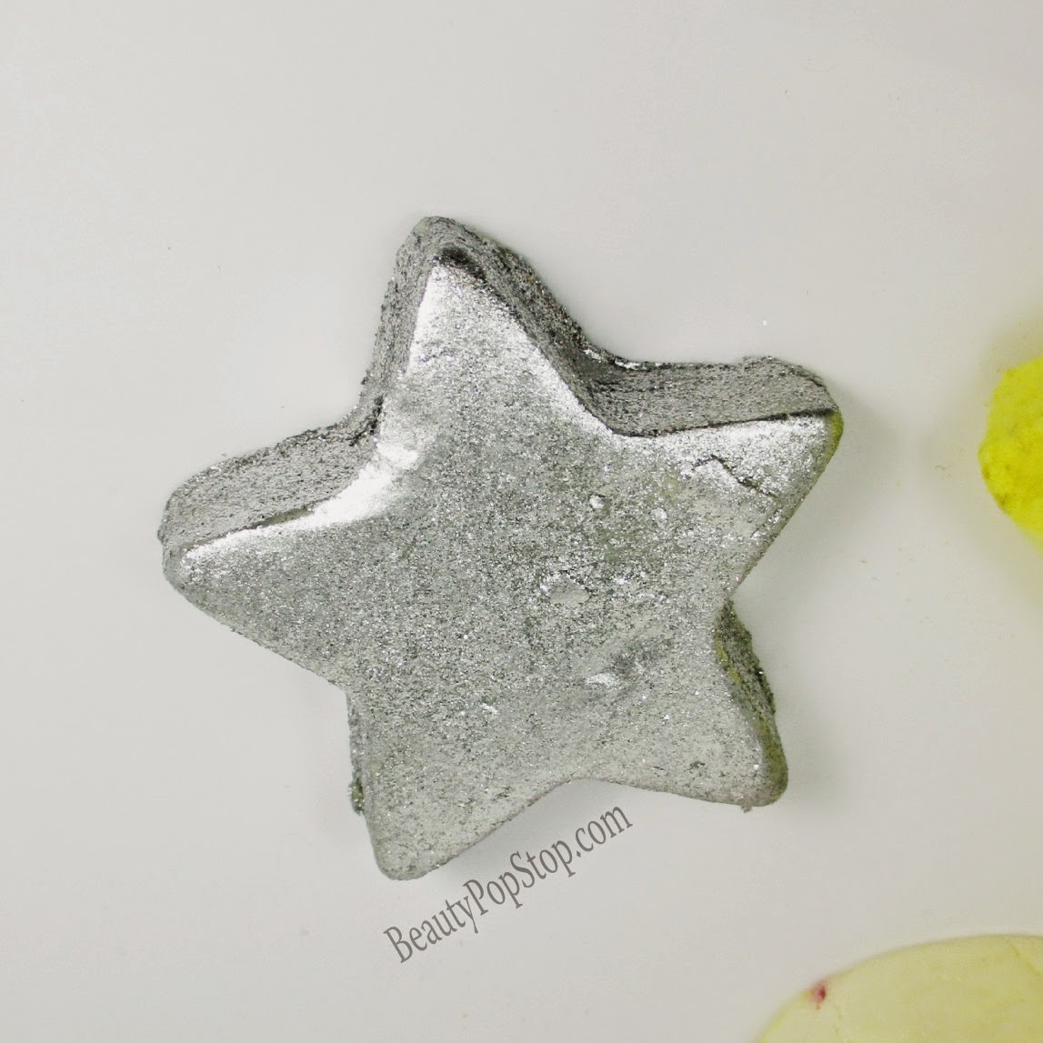 Lush star light star bright bath melt