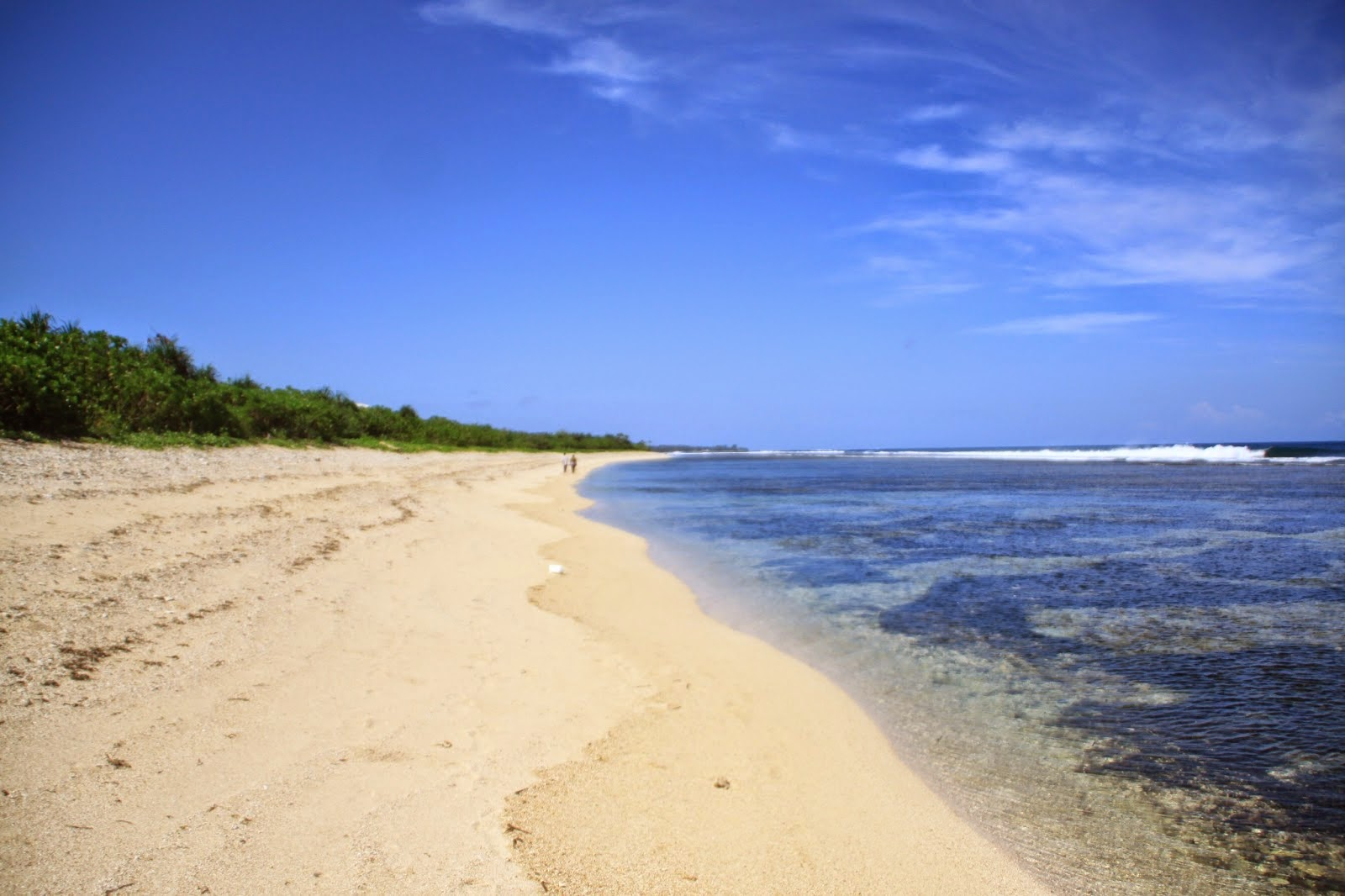 Pantai Ujung Genteng