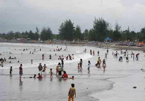 Pantai Panjang Salah Satu Pesona Objek Wisata di Bengkulu