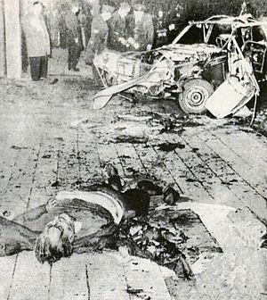 El cuerpo del ex general Prats destrozado por la explosión del coche bomba. Buenos Aires, 30 de Sep