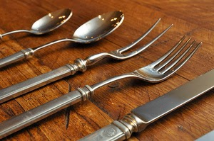 Thanksgiving carving tools