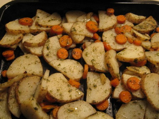 http://stoveandhome.hubpages.com/hub/Oven-Roasted-Potatoes-and-Carrots-with-Garlic-and-Herbs