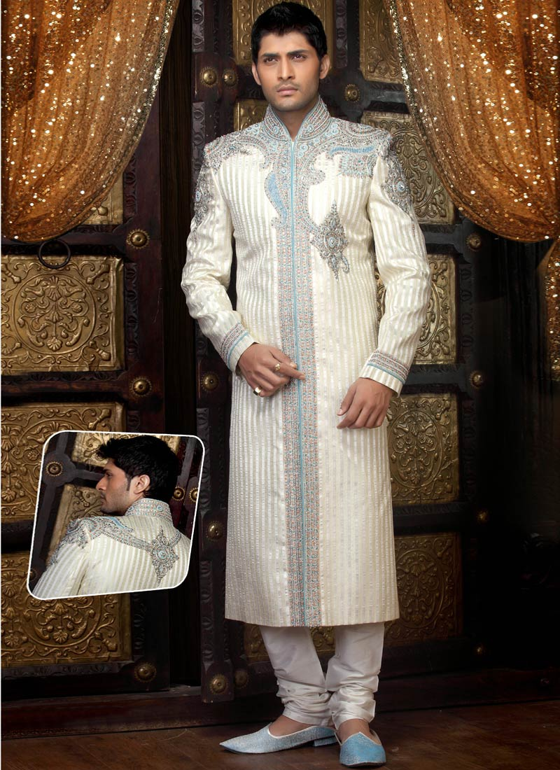 Look Elegant In Off White Colored Carefully Designed Sherwani From The Trendy Collection Of Pakistani Wedding This Is Most