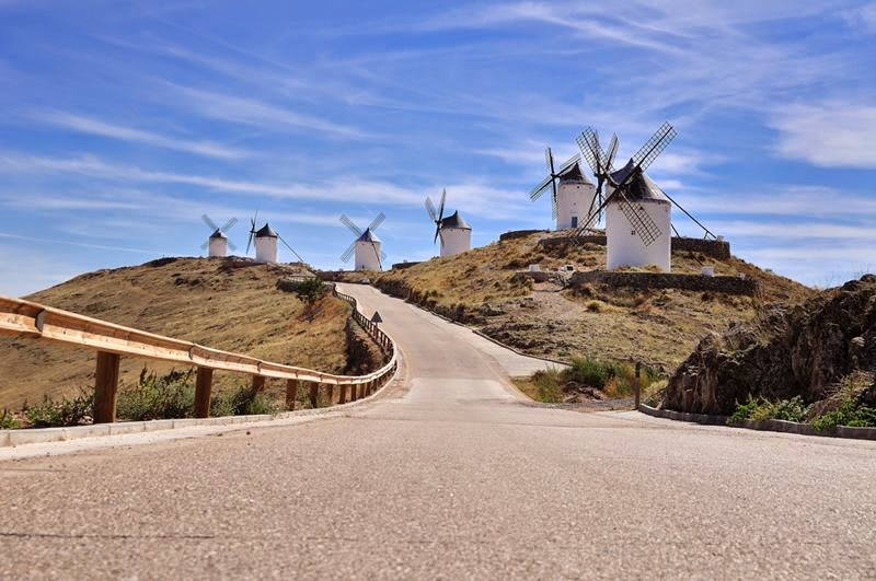 The first windmill appeared more in the 11th century, although in Castile-La Mancha it was not before the 16th century.