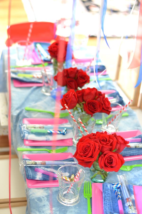 tablescape, red roses, tie dye tablecloth, mimosa lane blog
