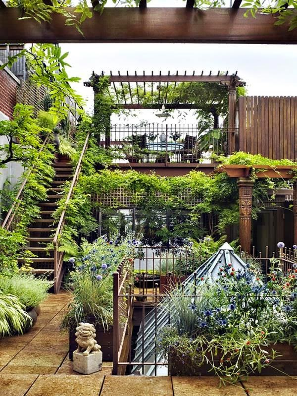A Beautiful Treatment Of A Small, Enclosed Garden