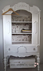 White Armoire, Wallpaper background