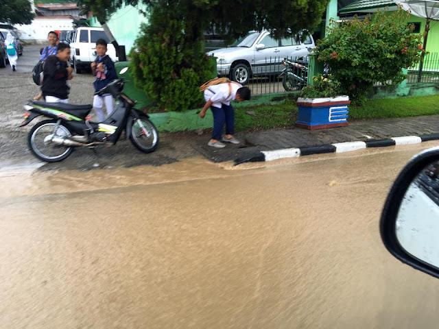 Sungai Penuh Diguyur Hujan Deras, Banjir Dimana-mana, Salah Siapa?
