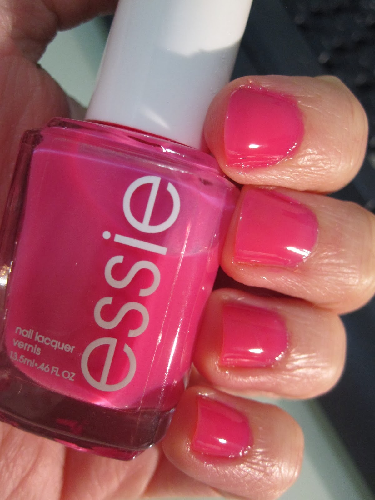 Bern\'s Nail Polish Blog: Essie Secret Story & Sally Hansen Wool Lite ...