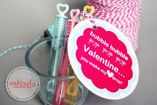 Free Printable Valentines for kids. Just attach to a little bottle of bubbles. Candy-free Valentine! #valentine #bubbles #valentinesday